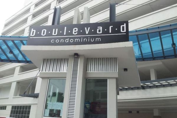 Boulevard Condominium in Air Itam