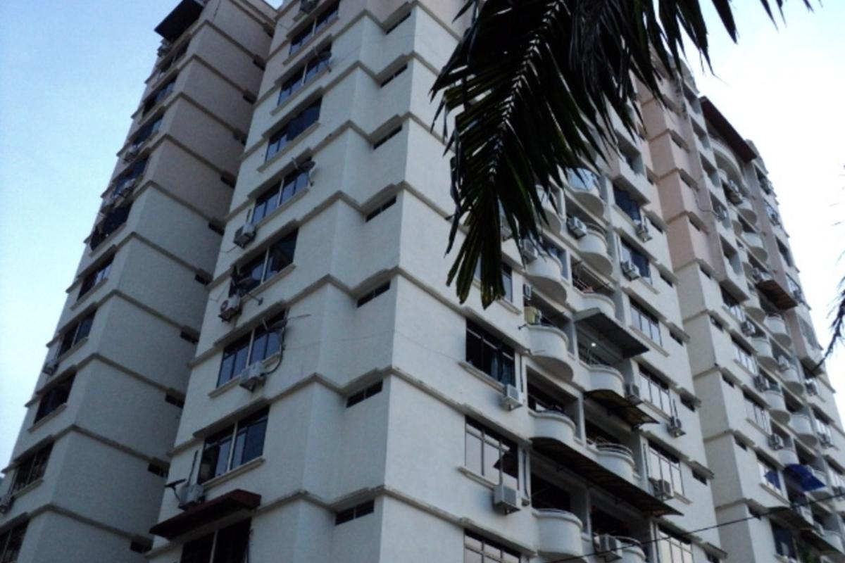 Penhill Condominium Photo Gallery 1