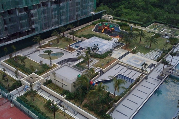Pool   playgrd small