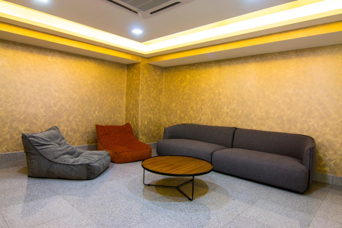 Royalle Condominium Photo Gallery 14