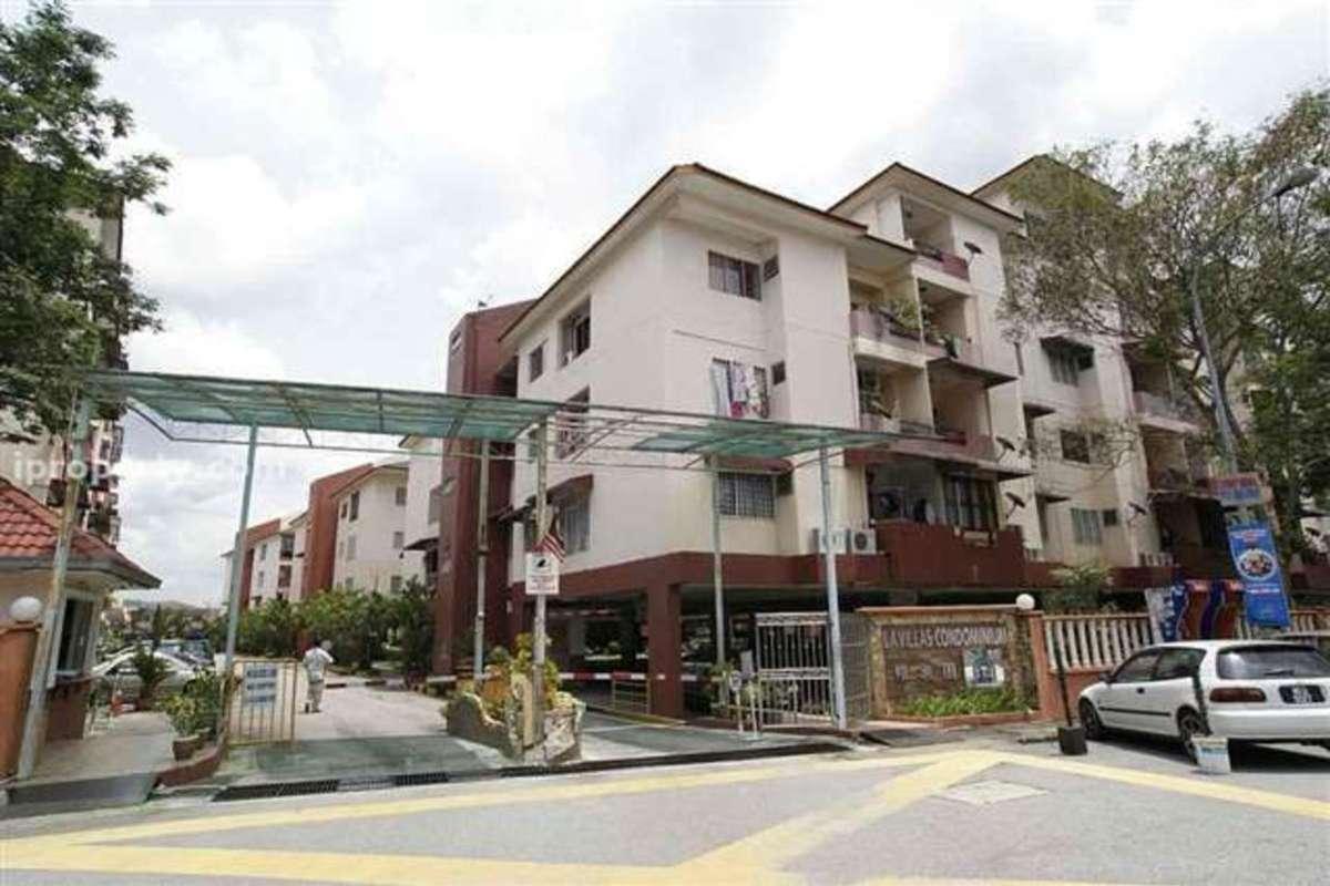 La Villas Condominium Photo Gallery 2