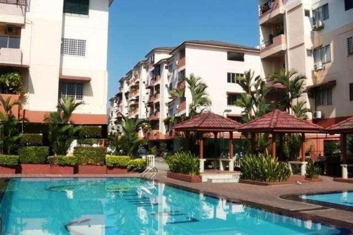 La Villas Condominium Photo Gallery 5