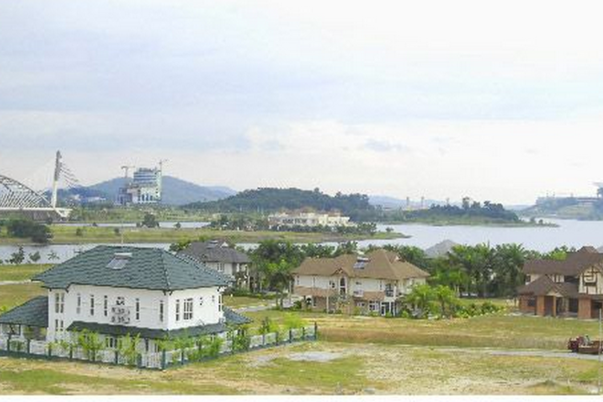 Perdana Lakeview East Photo Gallery 14