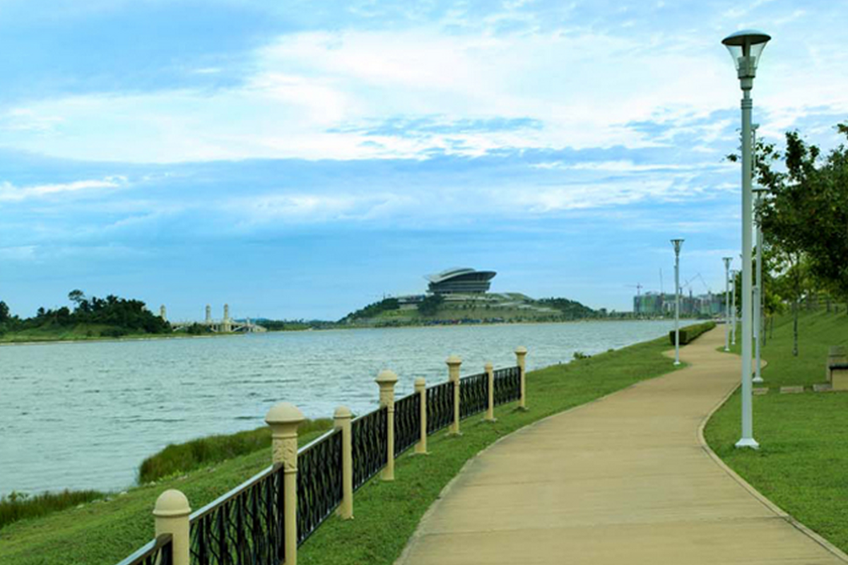 Perdana Lakeview East Photo Gallery 9