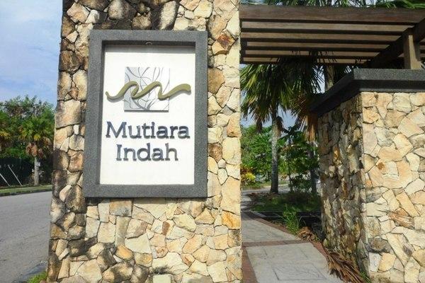 Mutiara Indah's cover picture