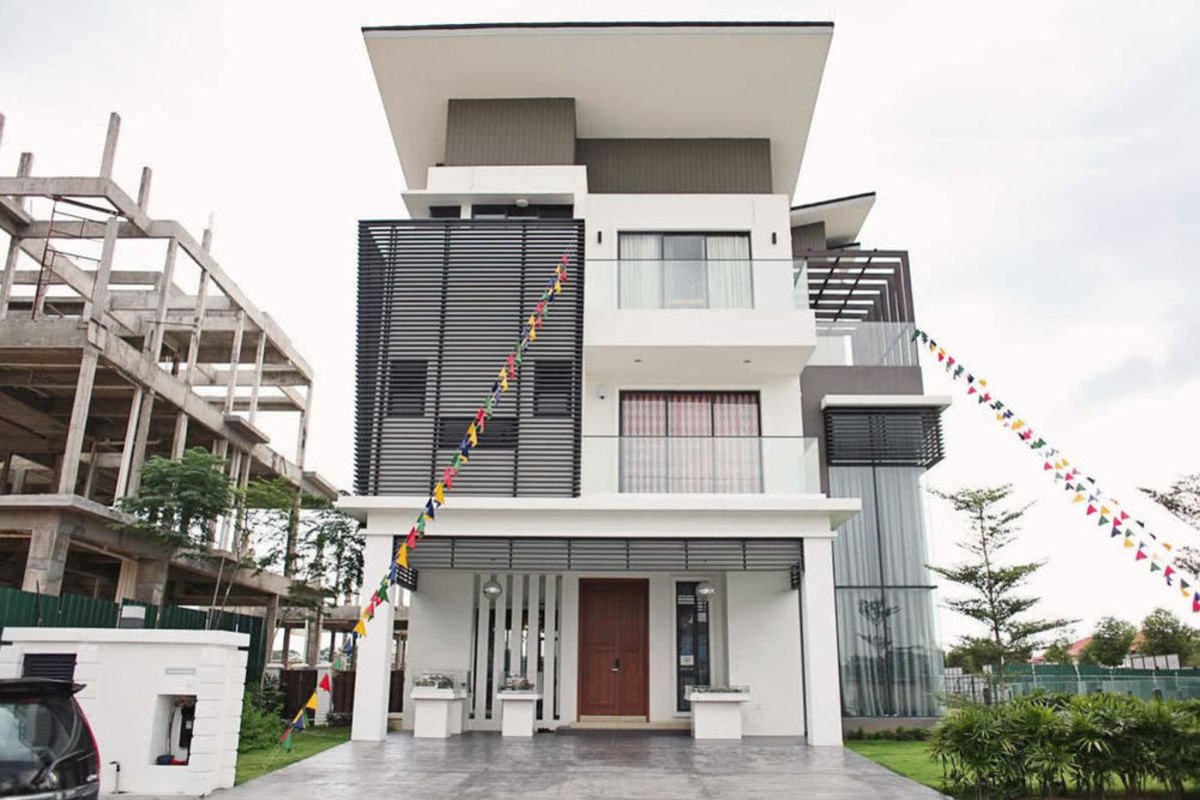 Residence 33 Photo Gallery 0
