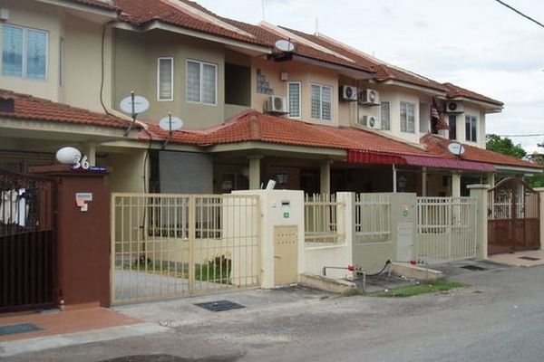 PU10 in Bandar Puchong Utama