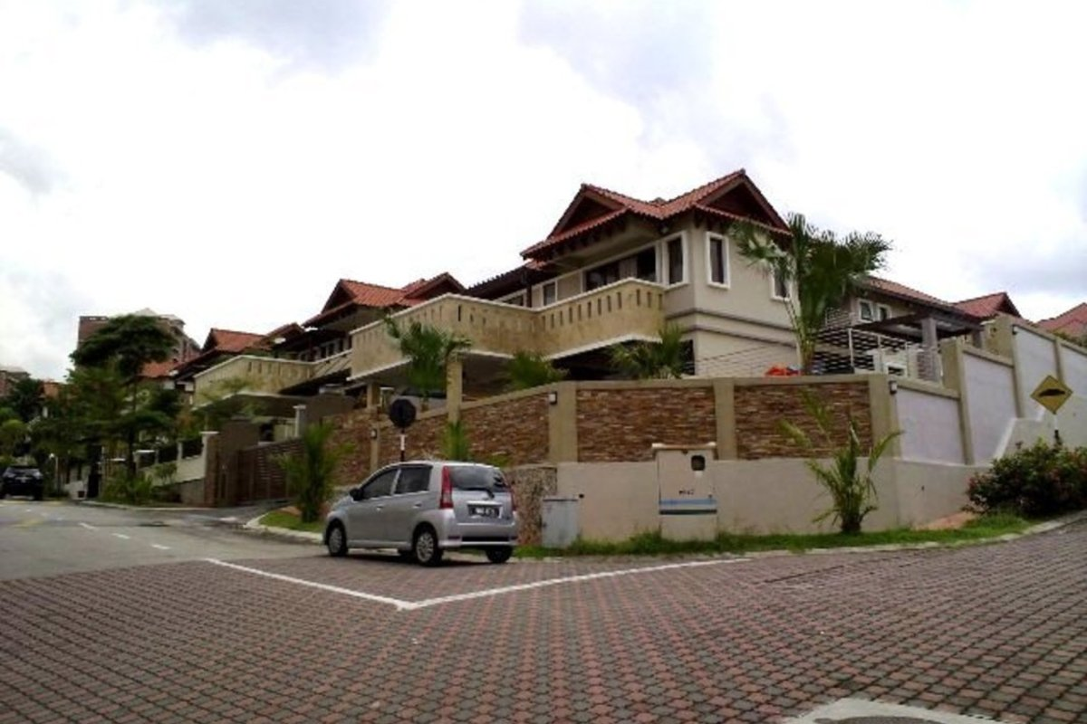 Sejati Hill Villa Photo Gallery 5