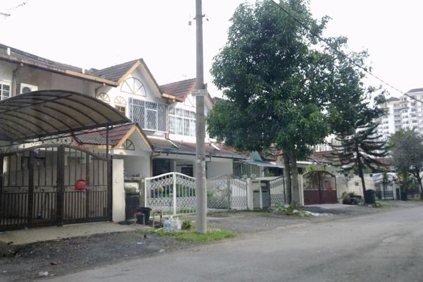 Taman Megah Emas's cover picture
