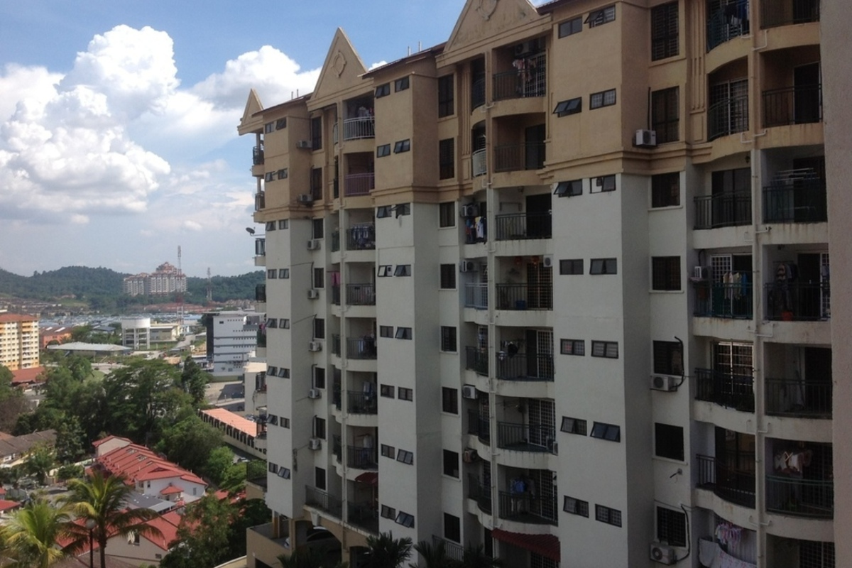Review for ixora apartment kepong propsocial for Apartment reviews