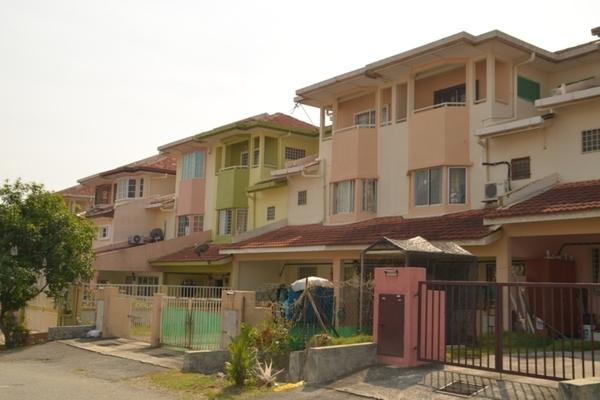 Taman Lestari Perdana in Bandar Putra Permai