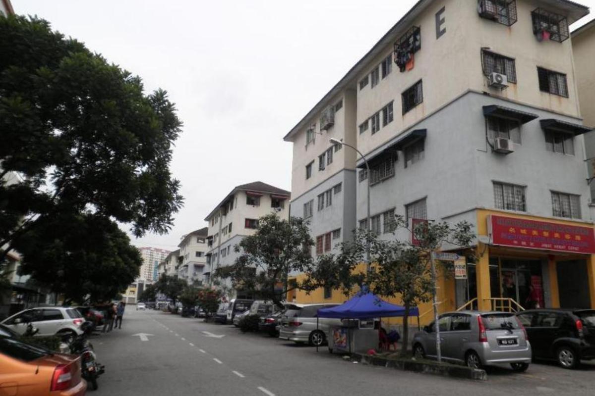 Putra Raya Apartment Photo Gallery 0