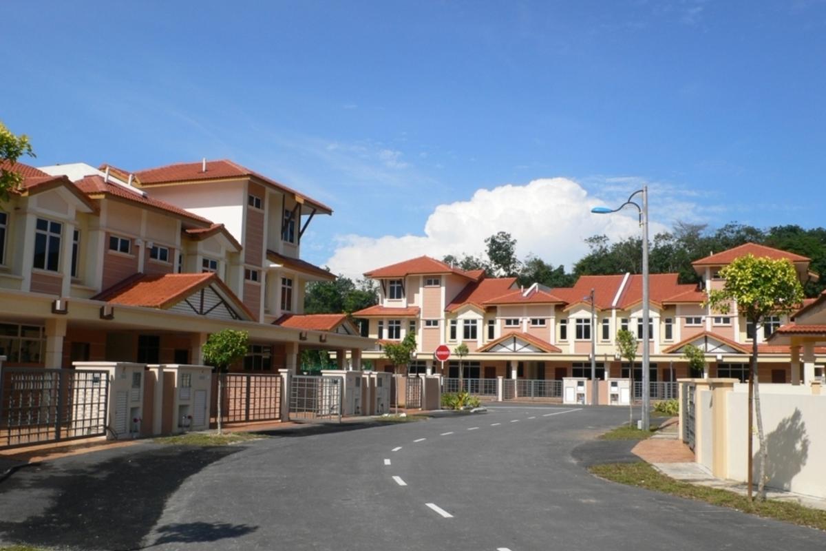 Tiara Putra Photo Gallery 0