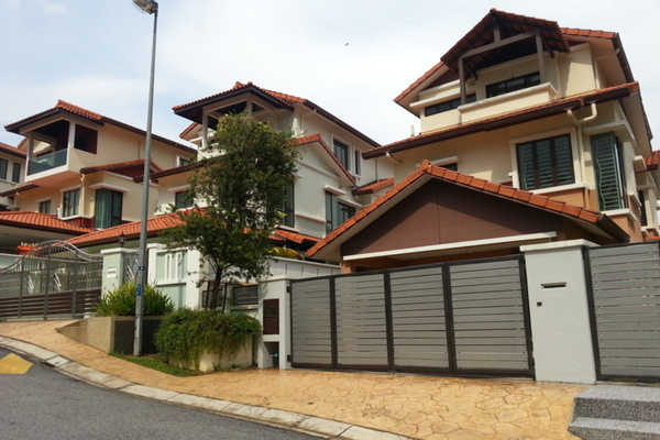 Putra Residence's cover picture