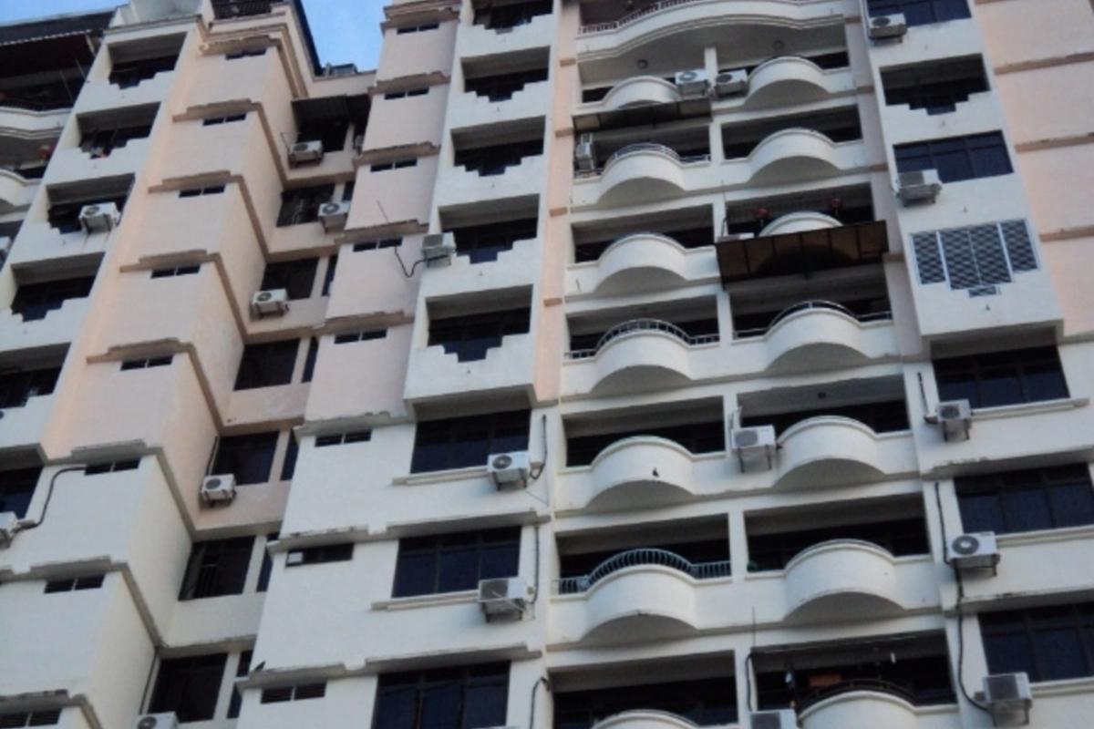 Penhill Condominium Photo Gallery 4