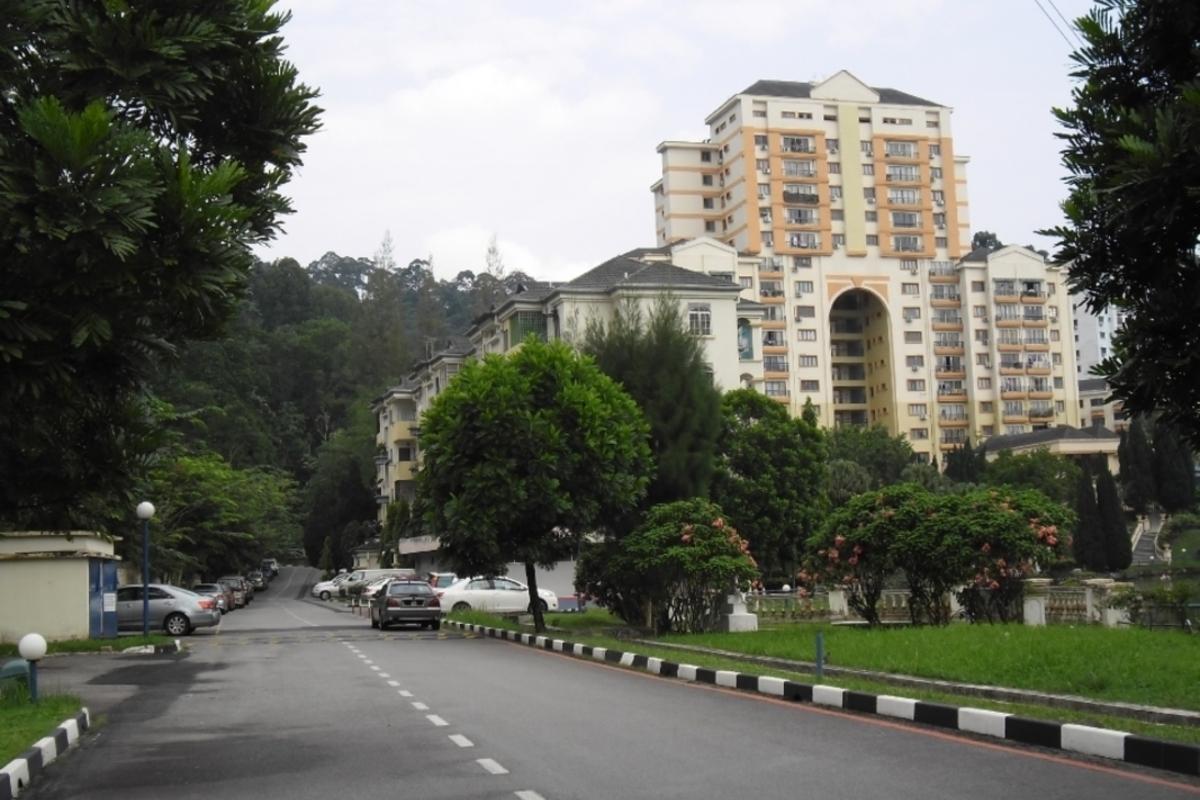 Casa Venicia Condominium Photo Gallery 1