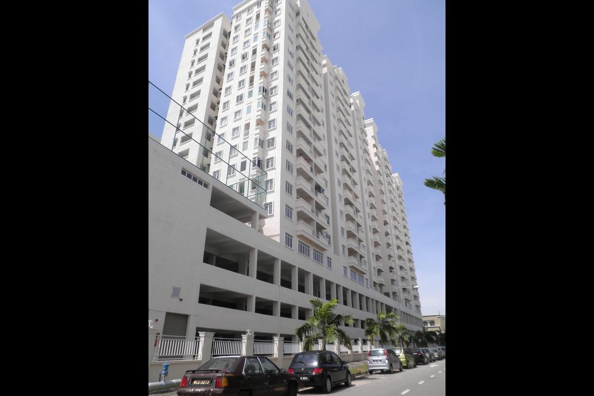 D'Piazza Condominium Photo Gallery 6
