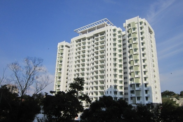D'Zone Condominium in Teluk Kumbar
