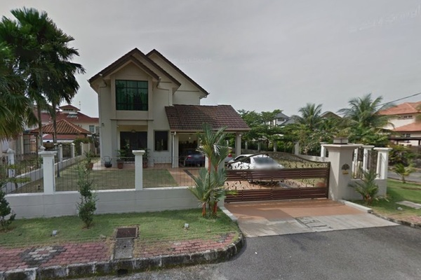 Bukit Noning's cover picture