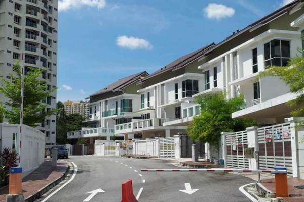 Jambul Hill Residences's cover picture