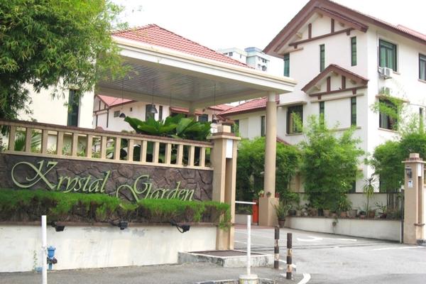 Krystal Garden in Bukit Jambul