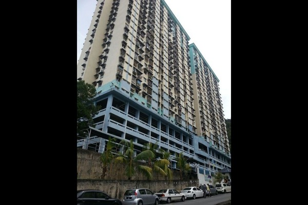 Sri Ivory Apartment's cover picture