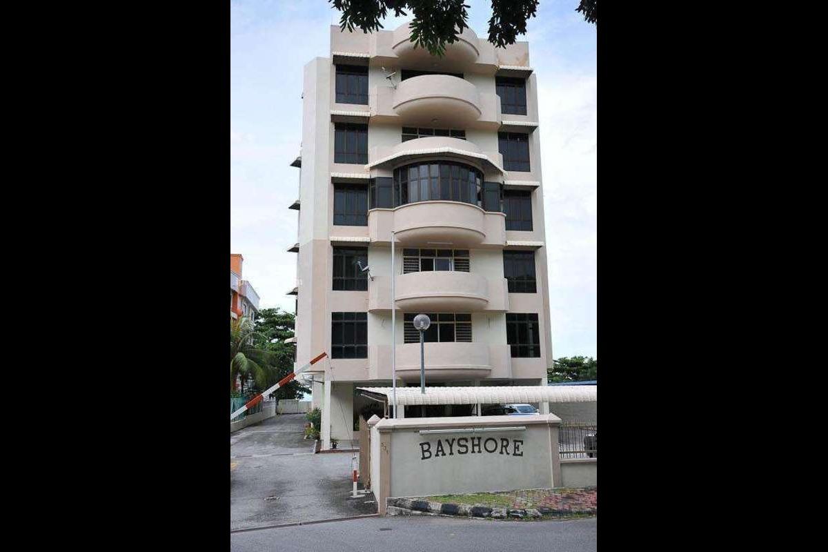Bayshore Apartment Photo Gallery 1