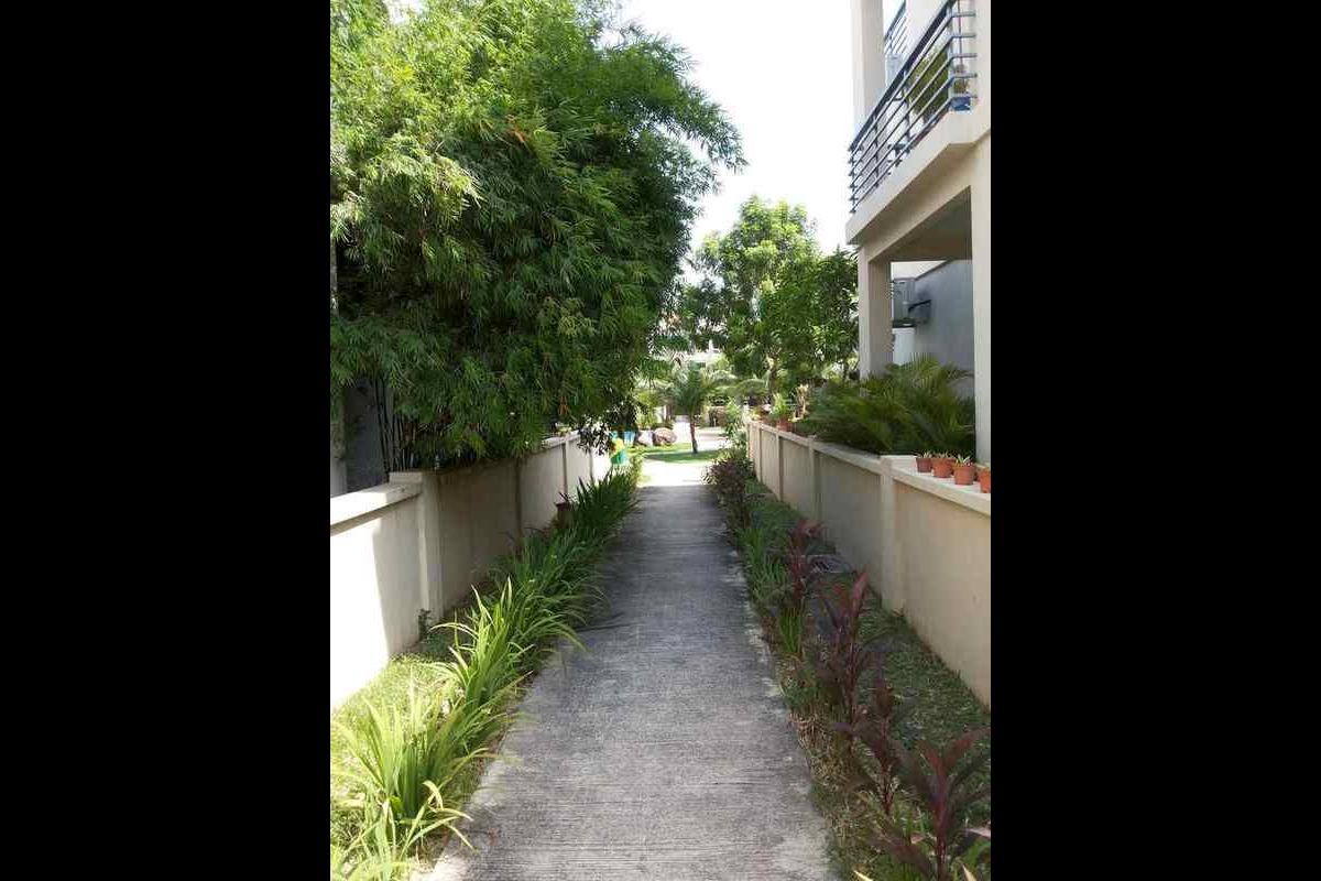 Palm Villas Photo Gallery 4