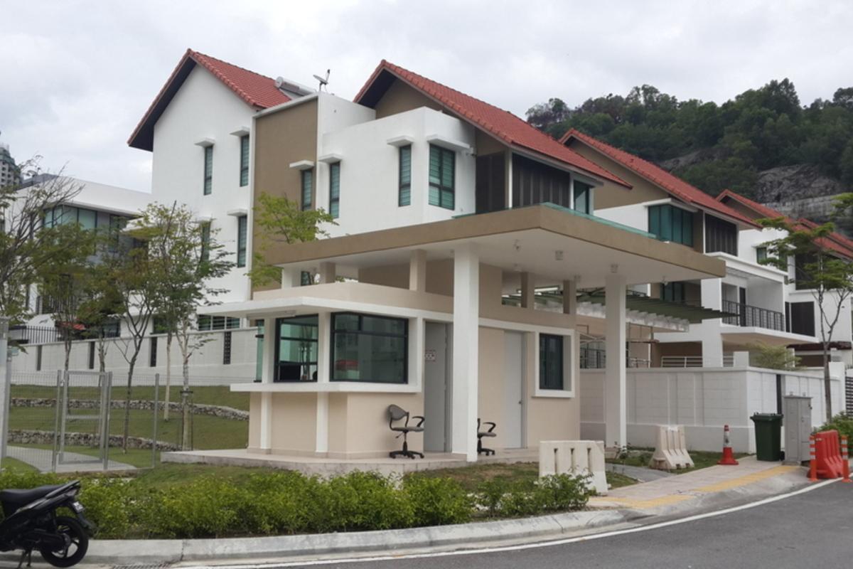 Bukit Manda'rina Photo Gallery 1