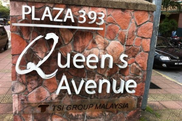 Plaza 393's cover picture