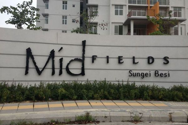 Midfields in Sungai Besi