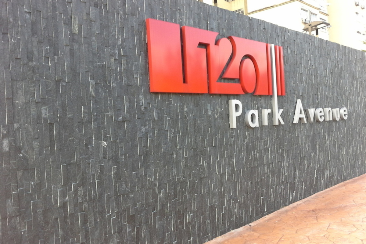 1120 Park Avenue Photo Gallery 1