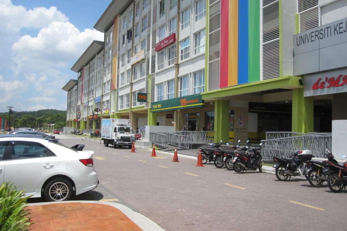 Cova Square Photo Gallery 3