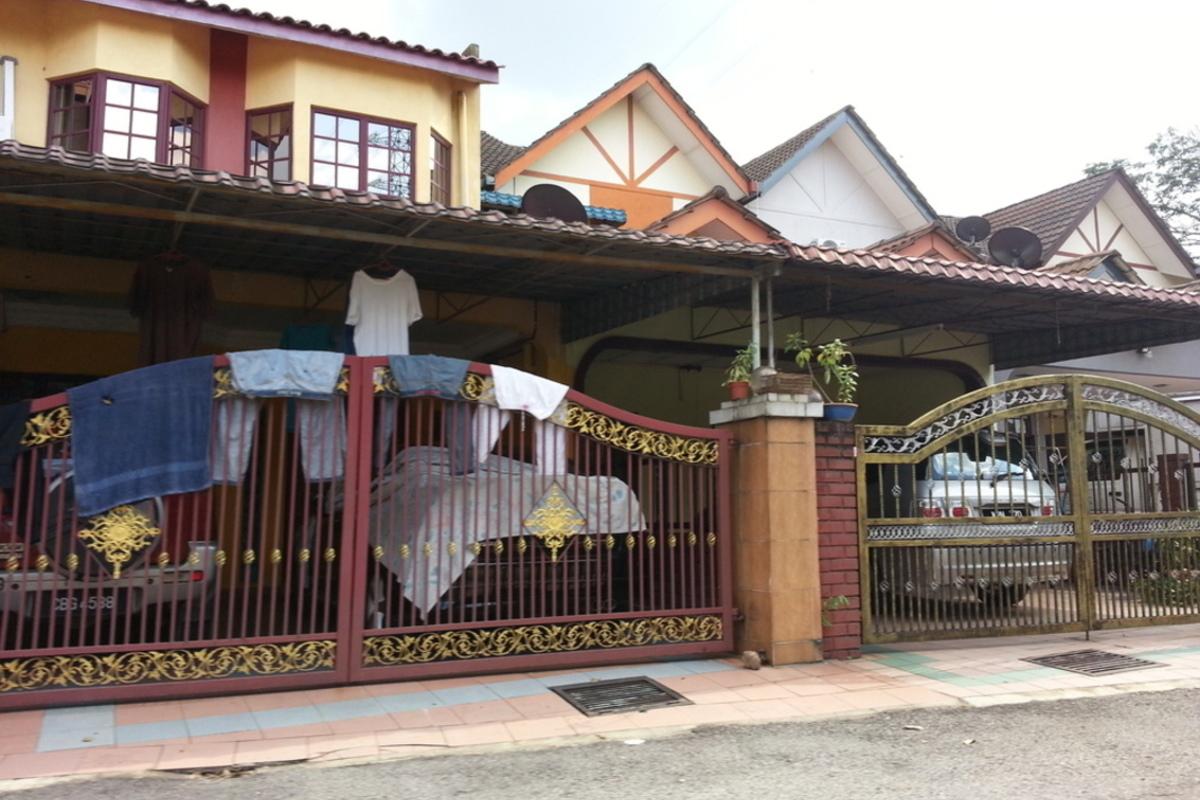 Taman Jenaris Photo Gallery 2
