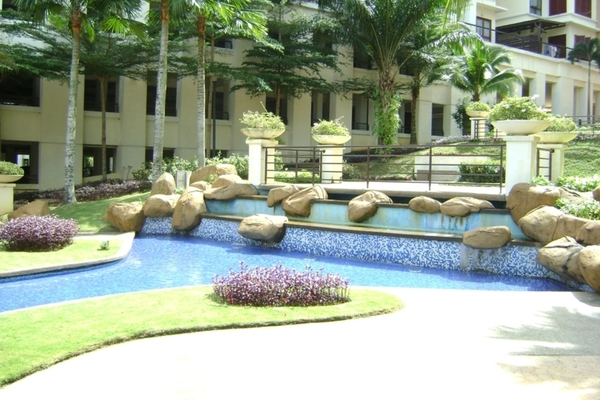 Surian Condominiums's cover picture