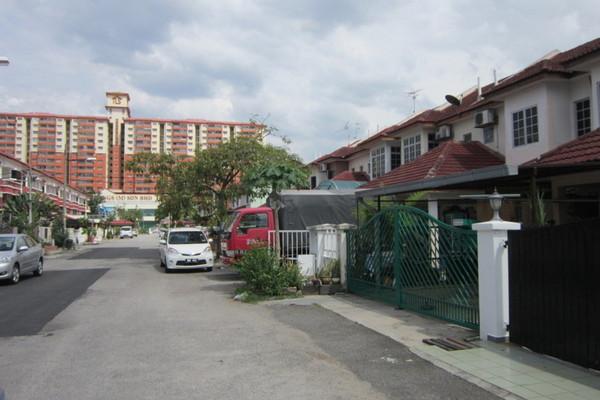 Taman Berjaya Baru's cover picture