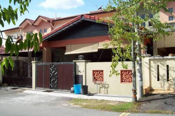 Taman Pelangi's cover picture