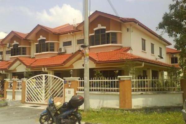 Taman Kajang Putra's cover picture