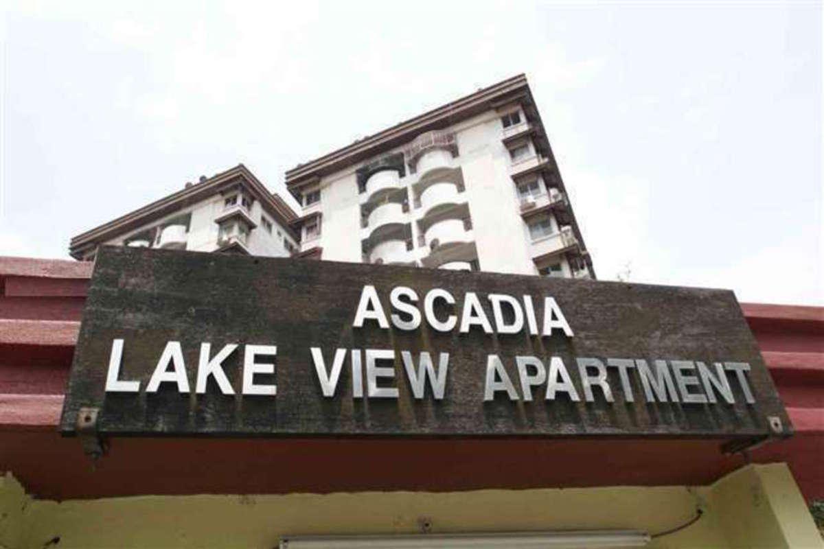 Ascadia Lake View Photo Gallery 1