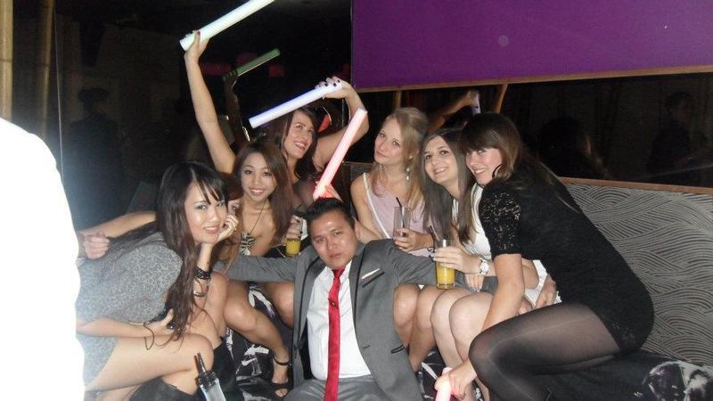 Asian playboy pua does china white in london uk large