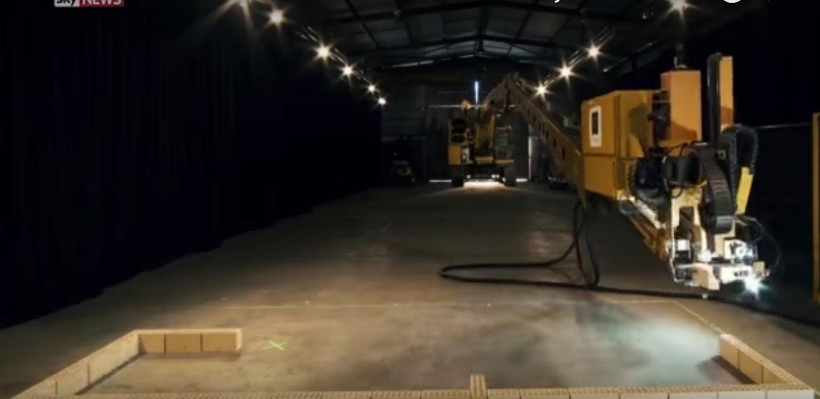 Robot buildhouse property propsocial