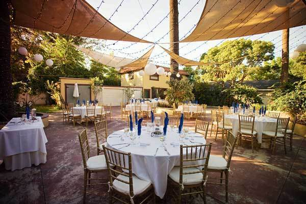 Can You Really Have A Wedding Reception At Home Propsocial