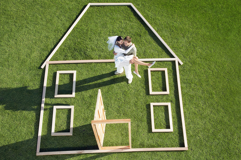 Love birds 6 tips on how to find the perfect home for Find the perfect home