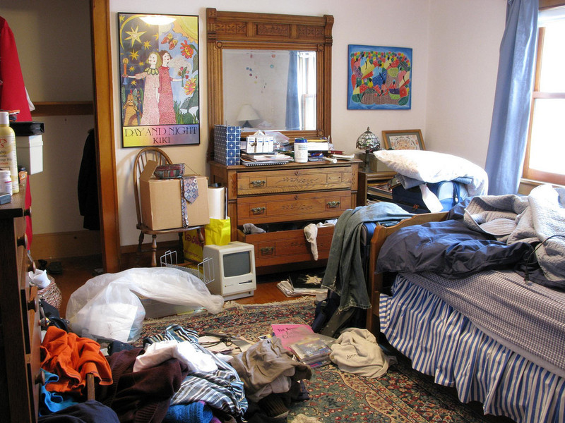 Messy room 1024x768 large