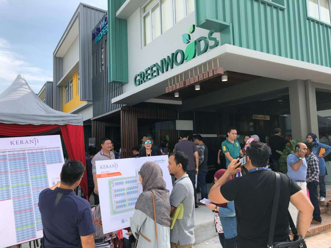 Paramount property house for sale greenwoods keranji launching 3