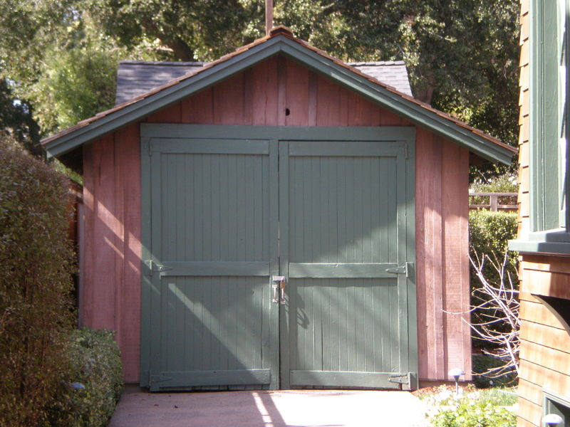 2   hewlett packard garage front large