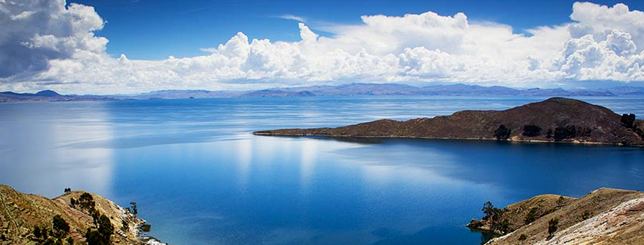 Danau Titicaca, Peru dan Bolivia.jpg