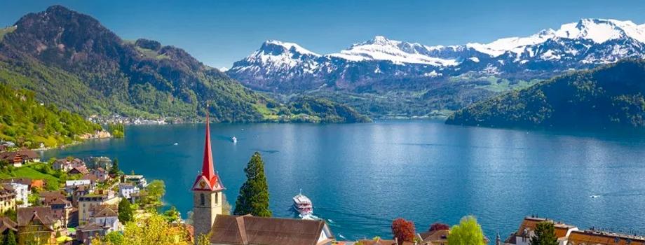 Danau Lucerne, Swiss.jpg