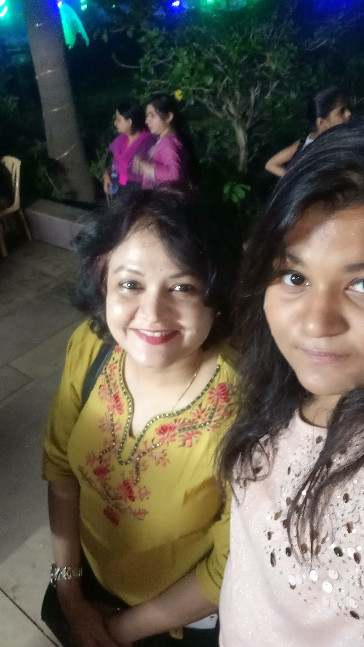 Soumya Dubey with her mom