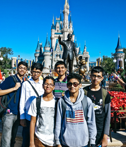 6 Brilliant Students and a Life Changing Trip To NASA